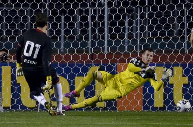 Rogério fez um gol de pênalti, mas perdeu outro no duelo contra o Flamengo   Levi Bianco / Brazil Photo Press / Folhapress