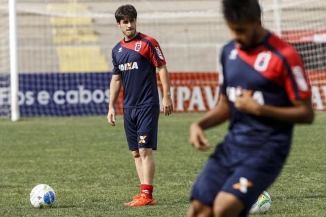 Lateral Chiquinho afirma que respeita a decisão de Ricardinho quando opta por mudar o time do Paraná | André Rodrigues / Gazeta do Povo