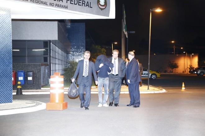Suspeitos deixam a PF, emCuritiba:investigação do Coaf começou de forma burocrática em 2011 | Hugo Harada/ Gazeta do Povo