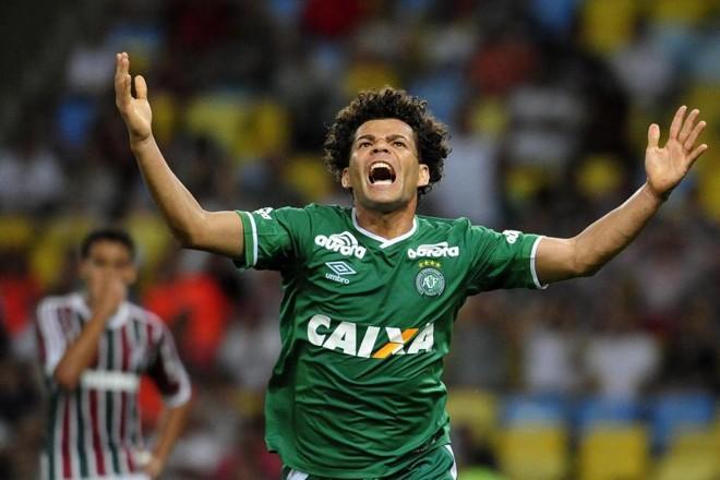 Camilo comemora um dos quatro gols da Chapecoense no Maracanã | Dhavid Normando / Futura Press / Folhapress