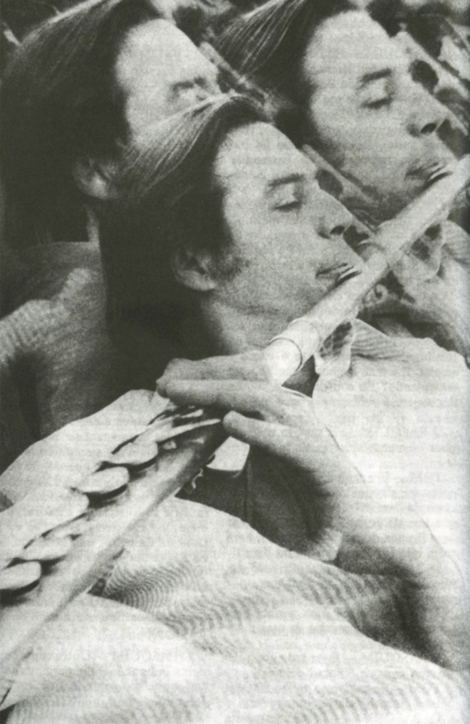 Vida na flauta:foto reproduzida do livro O Som do Pasquim, organizado por Tárik de Souza |