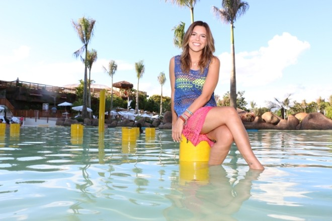 A blogueira paulistana Rúbia Baricelli, filha do ator Luigi Baricelli e especializada em estilo de vida, esteve no Mabu Thermas Grand Resort, em Foz do Iguaçu, onde conheceu a Praia Termal, novidade do hotel para a estação | Jader da Rocha