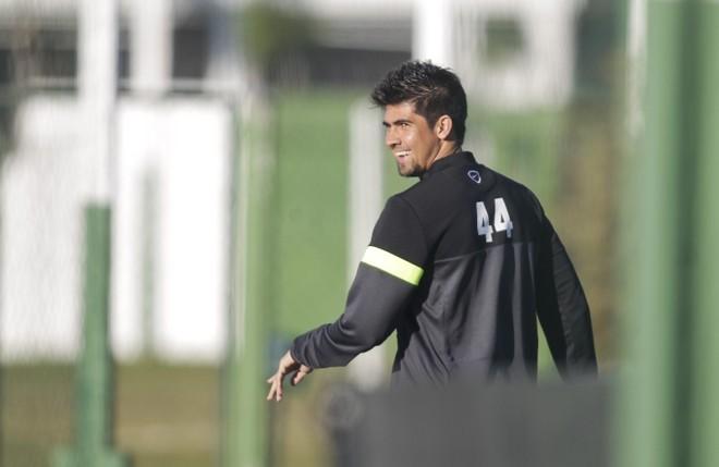 Com um salário considerado alto pela diretoria, Leandro Almeida pode deixar o Coritiba | Daniel Castellano / Gazeta do Povo