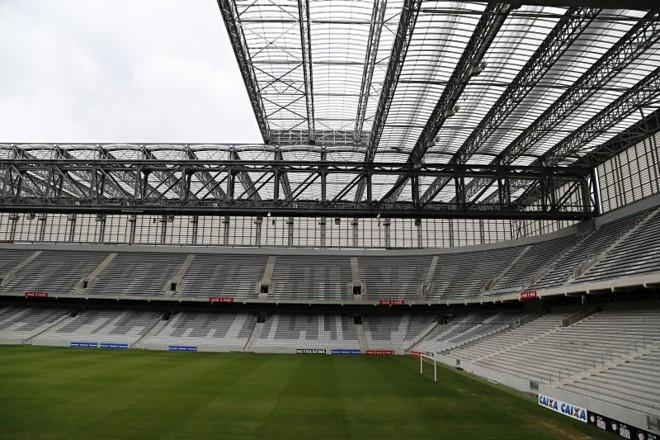 A Arena da Baixada ainda não foi incluída na lista de palcos para o UFC em 2015, mas há dois eventos no país com local indefinido. | Albari Rosa/Gazeta do Povo