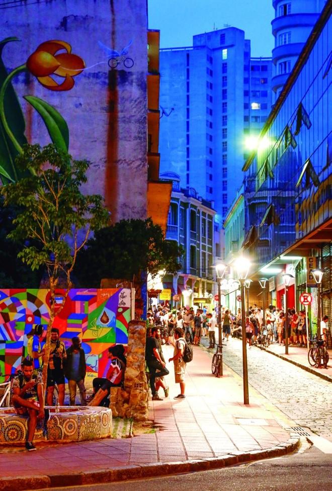 Praça de Bolso do Ciclista, gênese do movimento que deu vida nova à região  