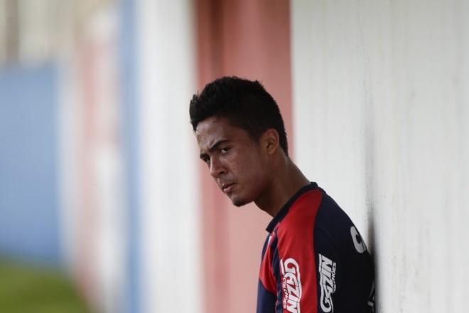 Após a frustração por ser cortado da Copa São Paulo, Diogo foi integrado ao profissional do Paraná | Daniel Castellano/Gazeta do Povo