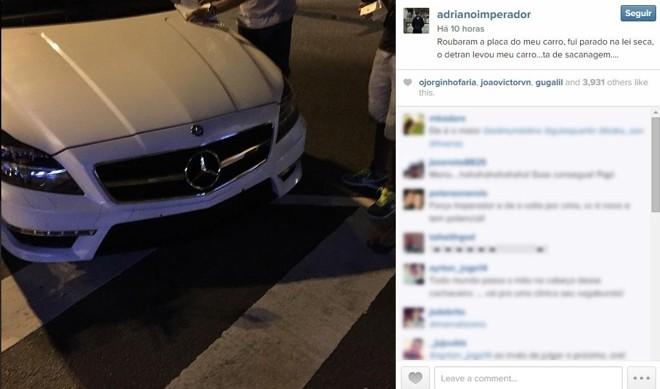 Jogador desabafou nas redes sociais contra o Detran e afirmou que a placa do carro havia sido roubada.   Reprodução/Instagram