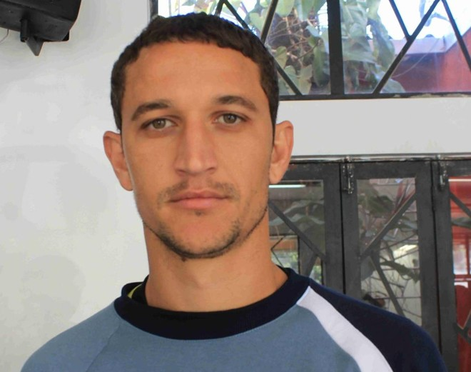 Safira sofreu uma lesão no joelho e não jogará mais o Paranaense deste ano   Divulgação/Foz