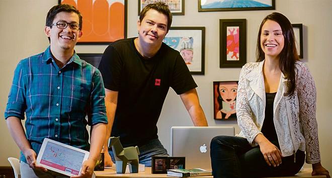 Fabio Yamahira, Igor Pucci e Amanda Santiago, fundadores do Quanto Custa Viajar: informação para turistas iniciantes. | Emerson Fiuza/Divulgação