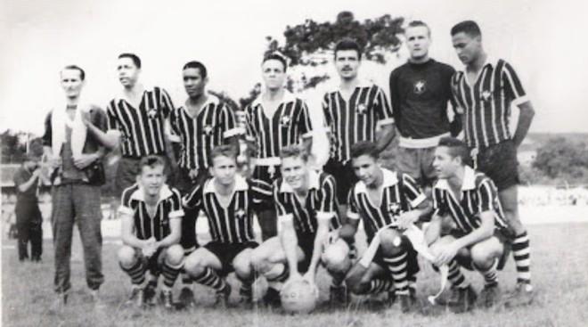 Time do Operário campeão da Zona Sul do Campeonato Paranaense de 1961. | Divulgação/Operário
