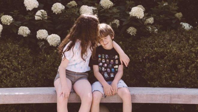 Para os pais, nada vale mais a pena do que colocar no mundo pessoas que não são indiferentes ao sofrimento dos outros.