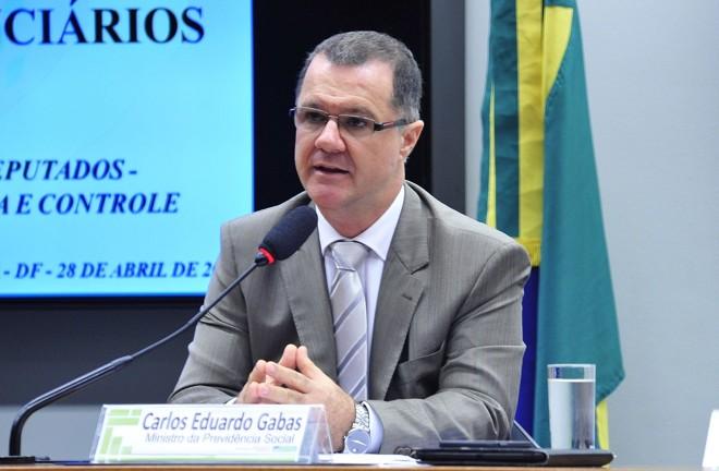 Carlos Eduardo Gabas, ministro da Previdência Social: recado direto para o governo do Paraná.   GUSTAVO LIMA/
