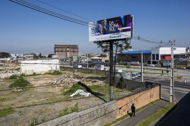 Park Shopping Boulevard acaba de receber o alvará da prefeitura: empreendimento terá 300 lojas, além de cinemas e restaurantes. | Brunno Covello/Gazeta do Povo