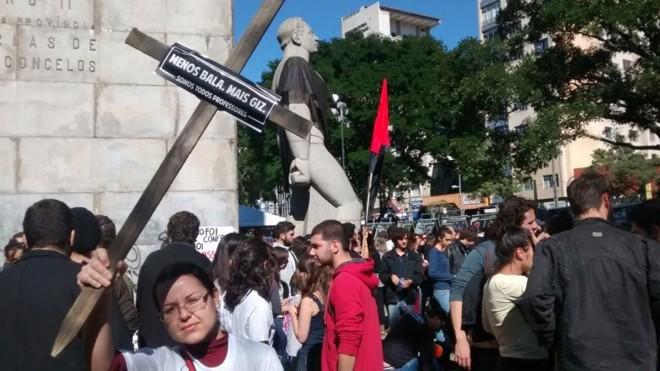 Manifestantes se concentraram na Praça 19. | Antônio More/Gazeta do Povo
