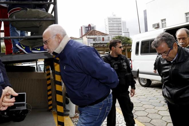 A situação de Alencar se complicou com novo depoimento prestado à Polícia Federal pelo ex-diretor da Petrobras Paulo Roberto Costa na terça-feira (23) | Antônio More/Gazeta do Povo