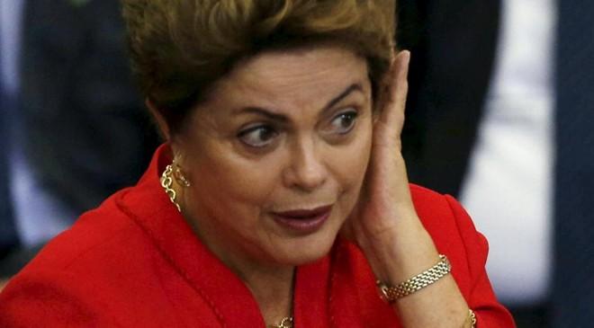 Dilma tem enfrentado um cenário político muito complicado no Congresso | Stringer/Brazil/Reuters