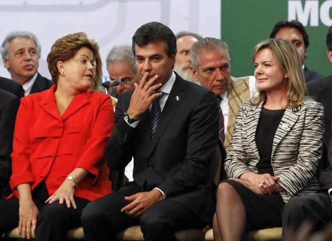 Dilma e Richa têm problemas em comum: dificuldades na economia e denúncias contra o governo. | Daniel Castellano / Gazeta do Povo/Arquivo