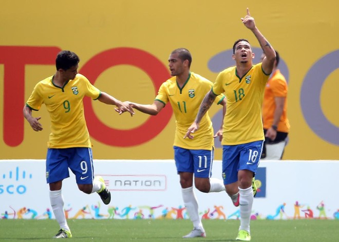 Luciano celebra gol de penalti contra o Panamá. | Tom Szczerbowski/USA Today Sports