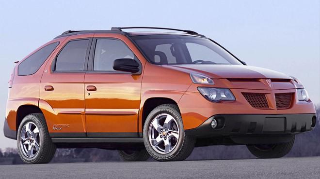 Pontiac Aztec era uma mistura de SUV e minivan. | /