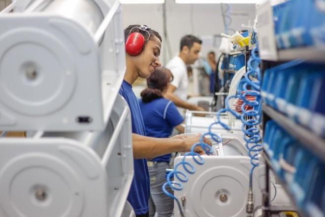 Crédito e amparo a setores específicos não têm sido suficientes para desenvolvimento da indústria. | Daniel Castellano/Gazeta
