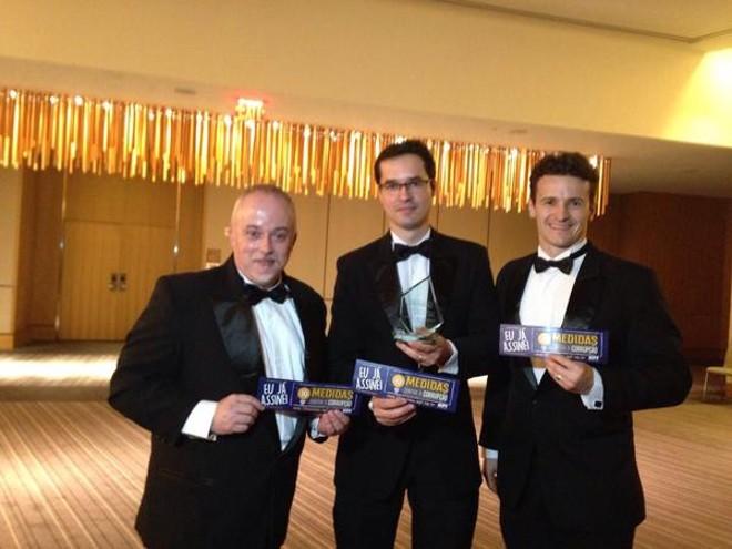 Carlos Lima, Deltan Dallagnol e Roberson  Pozzobon: premiados pela Lava Jato. | Reprodução/Twitter