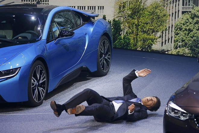 Harald Krueger faz seu primeiro salão  como executivo-chefe da BMW, função que assumiu em maio deste ano.   Kai Pfaffenbach / Reuters