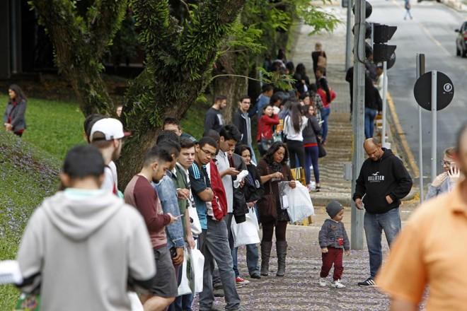 844 mil participantes deixaram de acessar, via internet, o cartão de confirmação do exame, que contém dados do participante e informa o local de provas   Antônio More/Gazeta do Povo