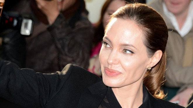 Angelina Jolie no Festival de Cannes em 2013.   Georges Biard/Wikimedia Commons