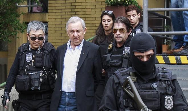 Frase faz parte de habeas corpus apresentado à Justiça para pedir liberdade.   Daniel Castellano/Gazeta do Povo