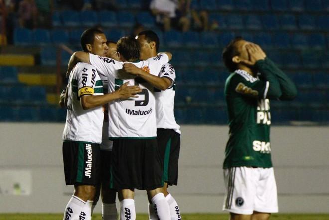 Coxa venceu o Palmeiras pelo Brasileirão de 2011.   Marcos Bezerra/Futura Press