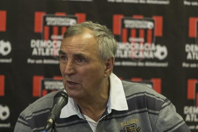 Ex-presidente Farinhaki está fora do pleito atleticano. | Marcelo Andrade/Gazeta do Povo