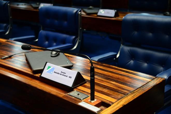 Cadeira de Delcídio Amaral vazia no Senado: dúvidas sobre o futuro do parlamentar.   Antônio Cruz/ Agência Brasil