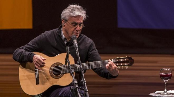 Caetano Veloso, que vai participar de show beneficente em BeloHorizonte | Marcelo Andrade/Gazeta do Povo