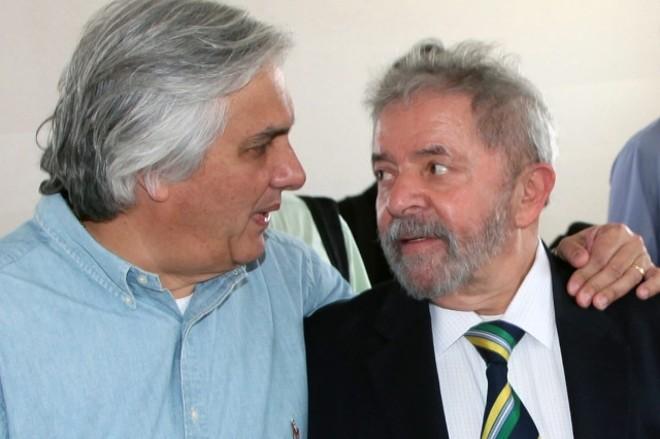 """Lula foi provocado durante o almoço na sede da CUT, em São Paulo, a comentar o assunto, mas tentou se esquivar do tema. Se limitava a dar respostas curtas como """"é um absurdo"""" ou """"que loucura"""".   /Divulgação"""