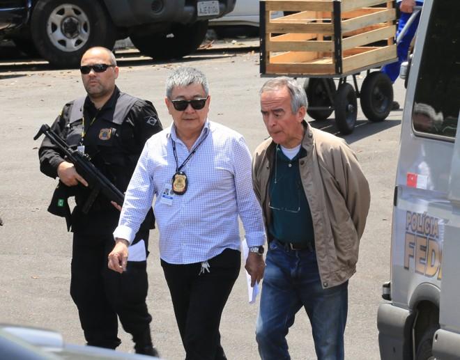 Nestor Cerveró voltou para a carceragem da Polícia Federal por motivou de segurança. | Ivonaldo Alexandre/Gazeta do Povo