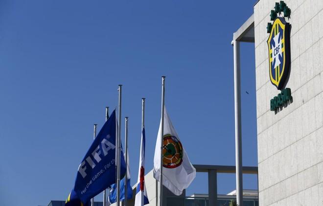 Vista da fachada da sede da CBF, no Rio: aliado de Del Nero ganha eleição a vice e vira trunfo em caso de renúncia do presidente. | Ricardo Moraes/Reuters