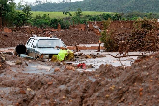 O bairro de Bento Rodrigues, em Mariana, um dos mais atingidos pelo desastre ambiental. | Rogério Alves/TV Senado/Fotos Públicas