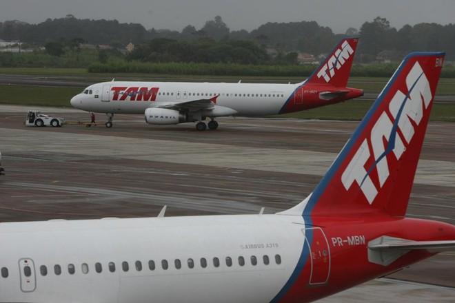 Juntas, TAM, Gol, Azul e Avianca tiveram prejuízo líquido de cerca de R$ 3,7 bilhões entre janeiro e setembro de 2015 | Ivonaldo Alexandre/Gazeta do Povo