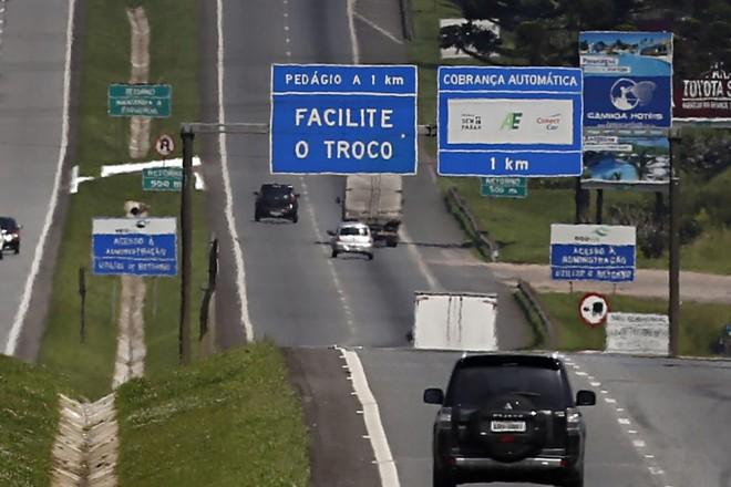 Pedágio na BR-277: para autorizar a renovação do pedágio no Paraná, governo federal vai exigir ampliação das obras , incluindo a duplicação de todo o Anel de Integração. | Felipe Rosa/Tribuna do Paraná