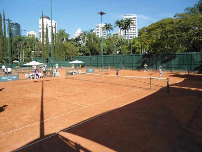 Quadras de tênis do Esporte Clube Pinheiros. | Divulgação/Pinheiros