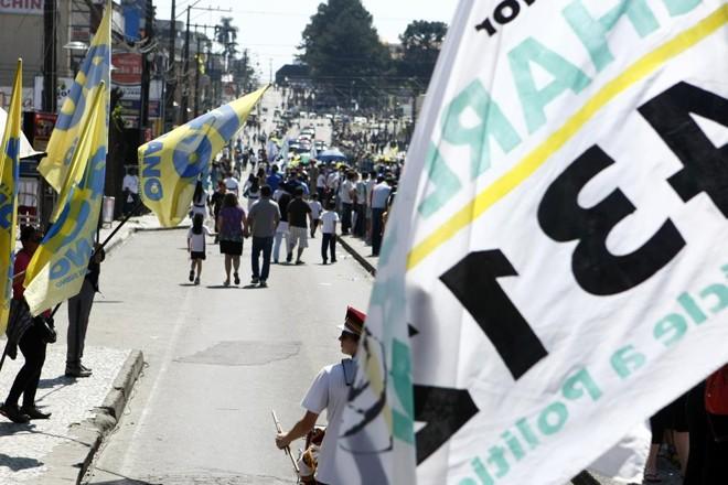 Legislação que valerá para as eleições municipais de outubro deste ano endurece as regras para a propaganda de rua. | Henry Milleo/Gazeta do Povo