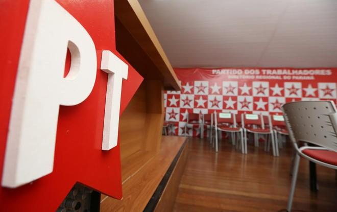 PT quer tornar candidatos plenamente responsáveis por financiamento de campanha. | Giuliano Gomes/Gazeta do Povo