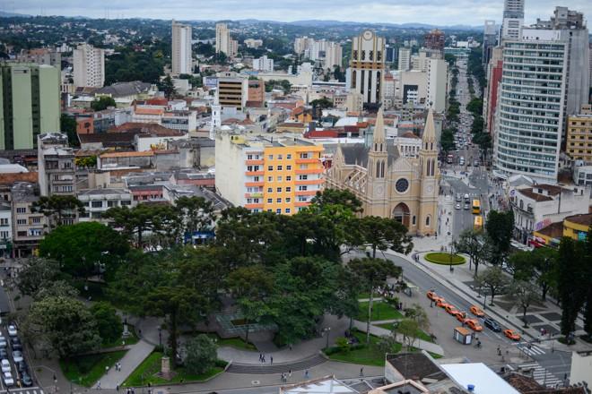 Entre outras coisas, o zoneamento define o planejamento do crescimento da cidade, como a previsão de zonas comerciais, industriais e residenciais.   Henry Milleo/Gazeta