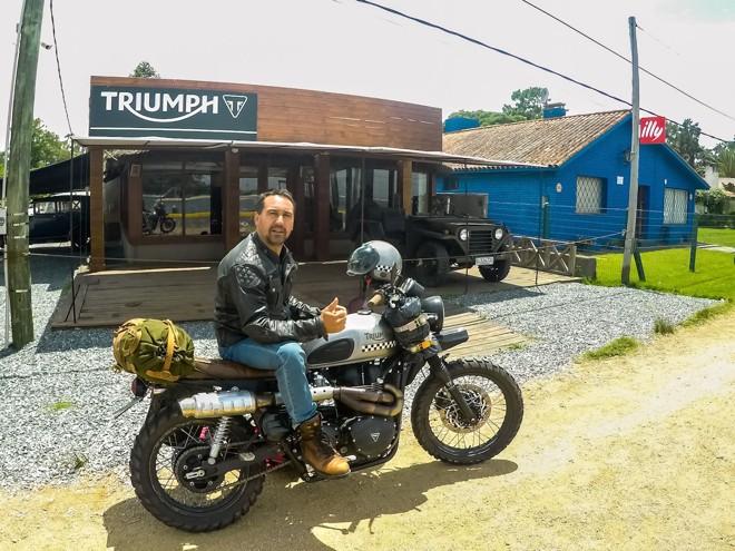 O customizador Celio Dobrucki contará como foi sua experiência a bordo de uma Triumph Scrambler em viagem ao Uruguai. | Arquivo pessoal/Celio Dobrucki