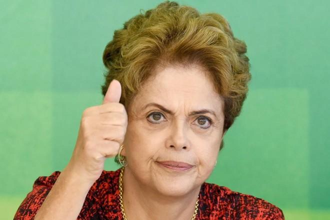 Dilma se reuniu com líderes aliados. | EVARISTO SA/AFP