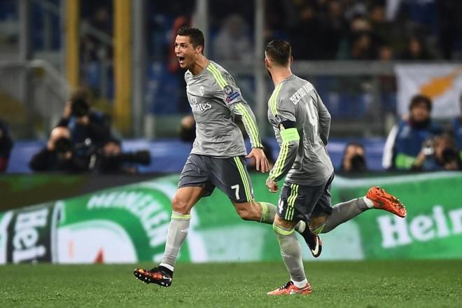 Cristiano Ronaldo comemora o gol que abriu o placar  para o RealMadrid. | FILIPPO MONTEFORTE/AFP