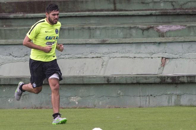 O atacante Jorge Ortega já treina com o grupo do Coritiba, mas não tem data para estrear. | Marcelo Andrade/Gazeta do Povo