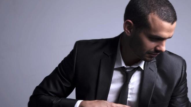 Pianista, cantor e compositor  se formou na Embap e estudou música americana em Chicago, nos Estados Unidos.   /Divulgação