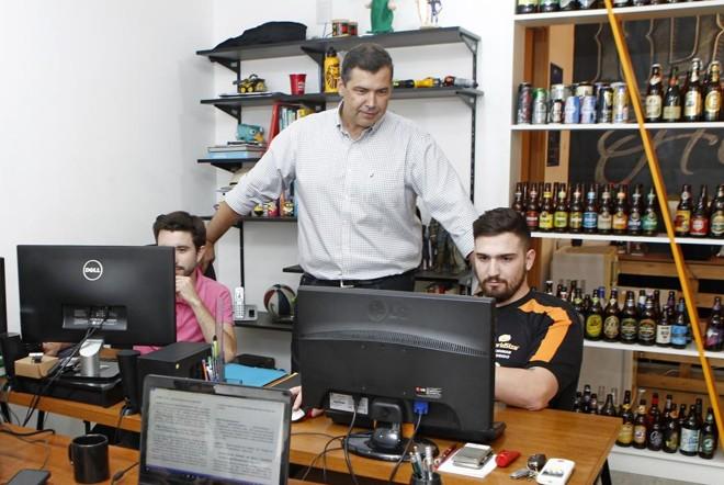 Consultor Allan Costa recomenda alinhar as novas metodologias com as ferramentas tradicionais de administração. | Antônio More/Gazeta do Povo