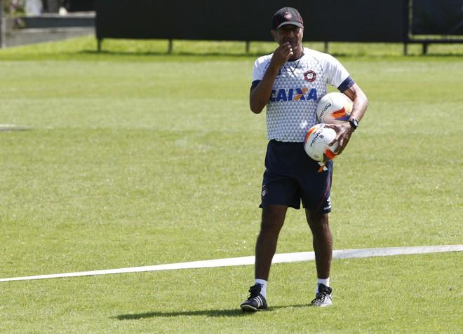 Cristóvão comandou o Atlético em 20 jogos: sete vitórias, sete empates e seis derrotas. | Aniele Nascimento/Gazeta do Povo